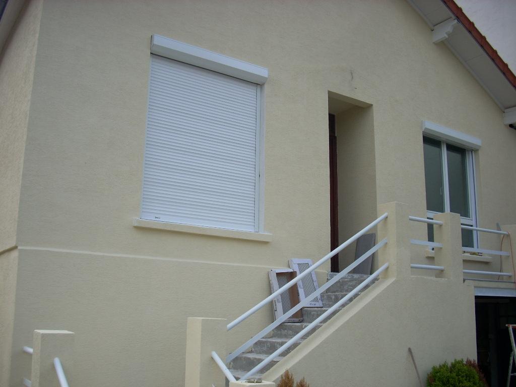 reboucher fissure facade perfect peinture de facade palaja with reboucher fissure facade. Black Bedroom Furniture Sets. Home Design Ideas